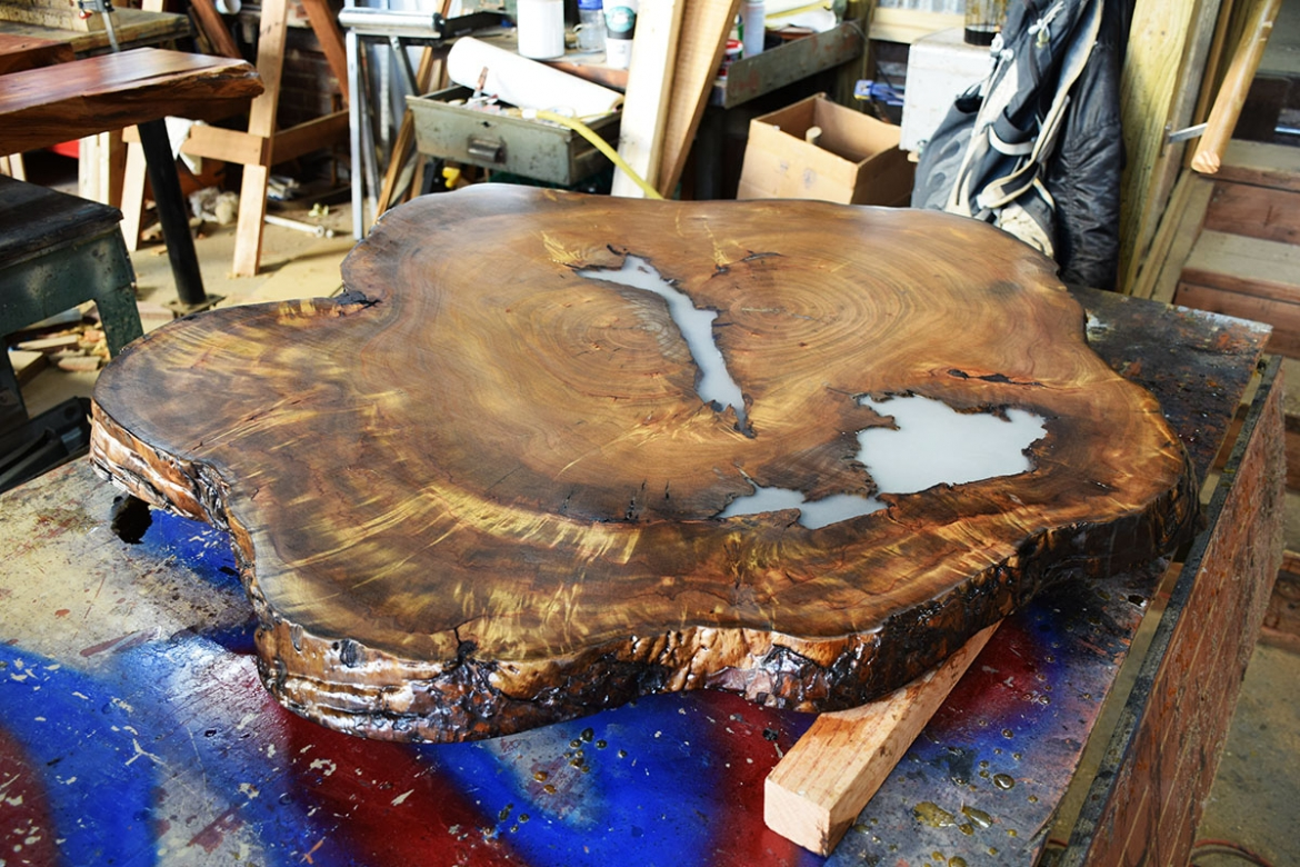 The completion of this beautiful Camphor Cookie top table is near!