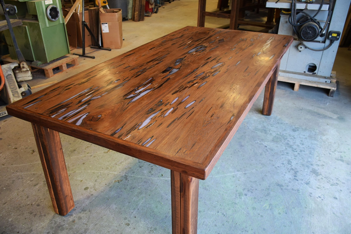 This is the Custom Table Top by Billy with the legs attached.