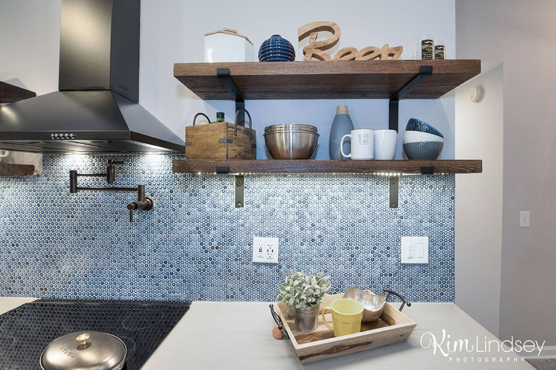 Custom kitchen shelving Level UP Design