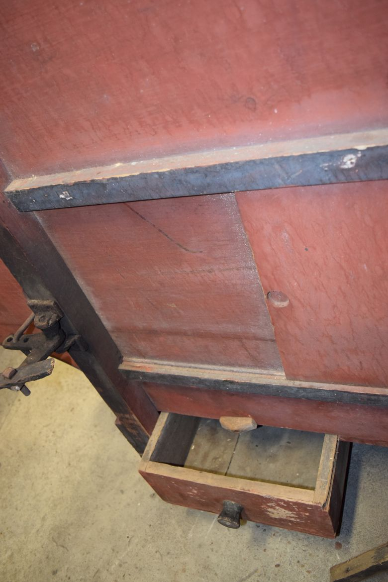Catch drawer of the Grain Separator
